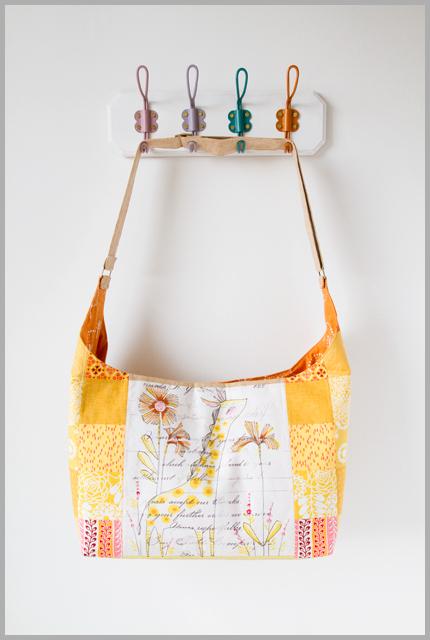 The Giraffe Bucket Bag