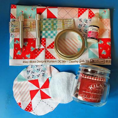 Finish Along Quarter 2 Tutorial Week – Kilner Jar Pin Cushion With Jersey Scrapper