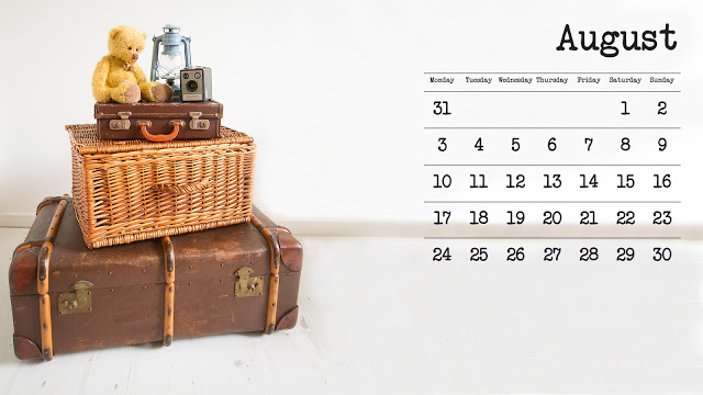 August Calendar Page